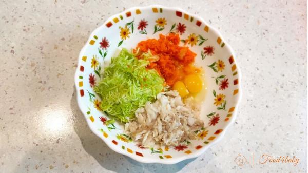Кабачкові млинці з морквою та рибою