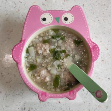 Гречаний суп зі шпинатом та цвітною капустою