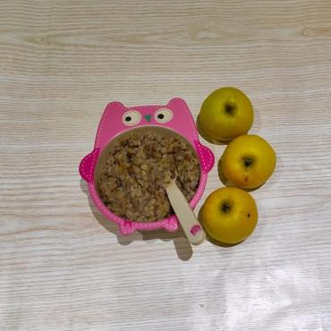 Гречана каша з яблуком для дітей до року та після року