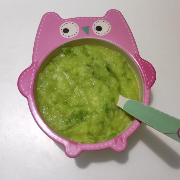 Овочеве пюре з картоплі та зеленого горошку для дітей до року та після року