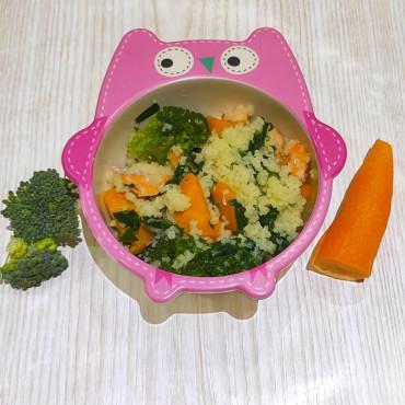 Рецепт каші Кус-Кус з рибою, шпинатом та овочами для дитини