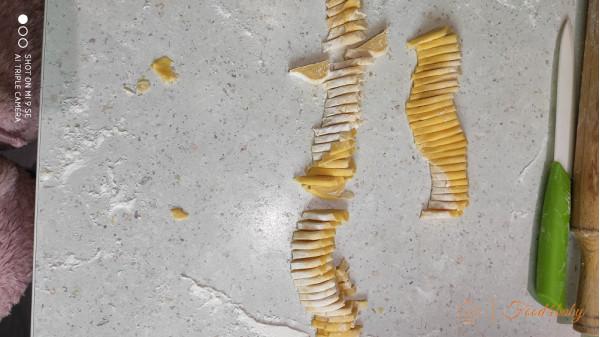 Домашняя лапша с кукурузной мукой