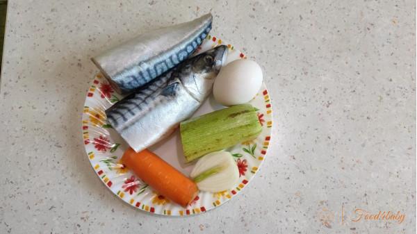 Рецепт рыбно-овощных оладий или котлет из скумбрии для детей