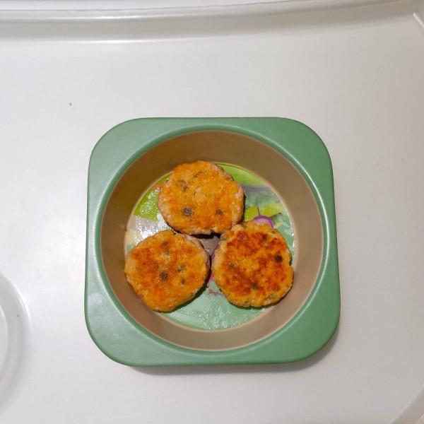 Котлети з червоної риби для дітей після року