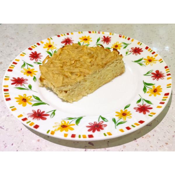 Яблучна шарлотка без цукру