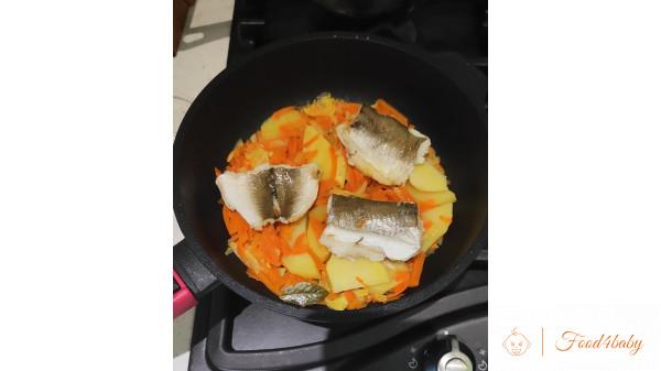 Тушеные овощи и рыбка