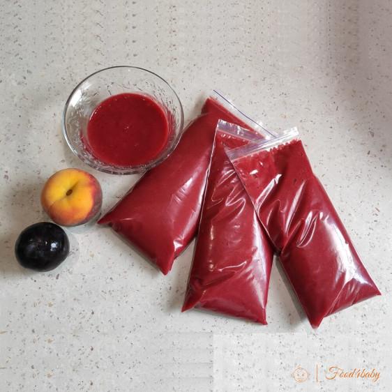 Заготовка для заморозки: фруктове пюре з персиків та слив