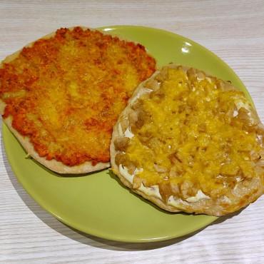 Цельнозерновая Пицца с рыбной и грушевой начинками