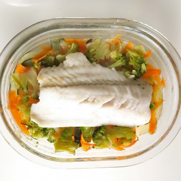 Рыба запеченная с овощами