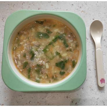 Рисовый суп с мясом и шпинатом